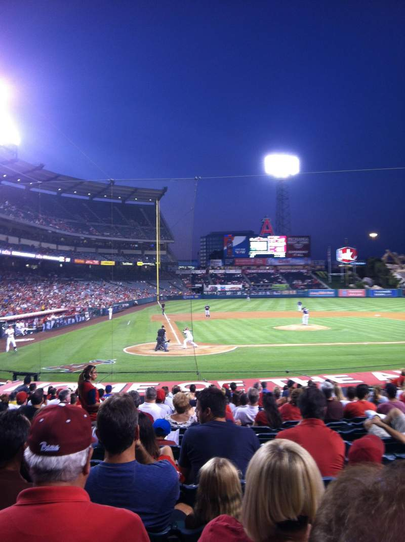 Seating view for Angel Stadium Section F122 Row Q Seat 1