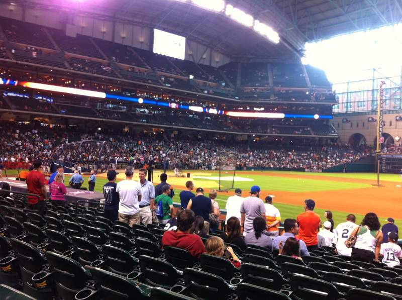 Seating view for Minute Maid Park Section 127 Row 14 Seat 15