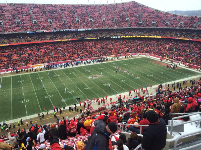 Seating view for Arrowhead Stadium Section 327 Row 20 Seat 9
