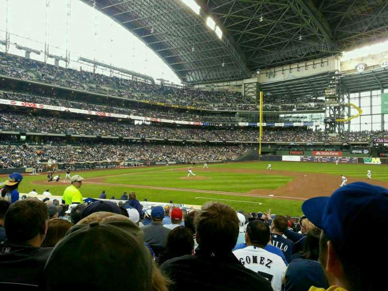 Seating view for Miller Park Section 112 Row 21 Seat 7
