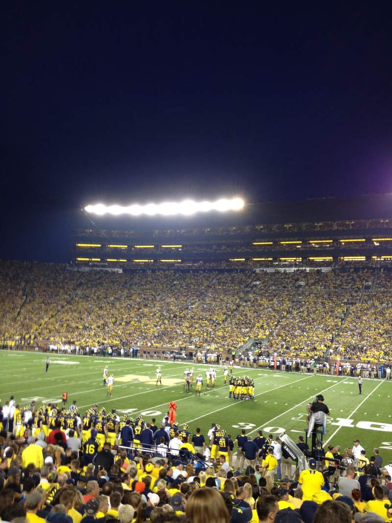 Seating view for Michigan Stadium Section 21 Row 21 Seat 16