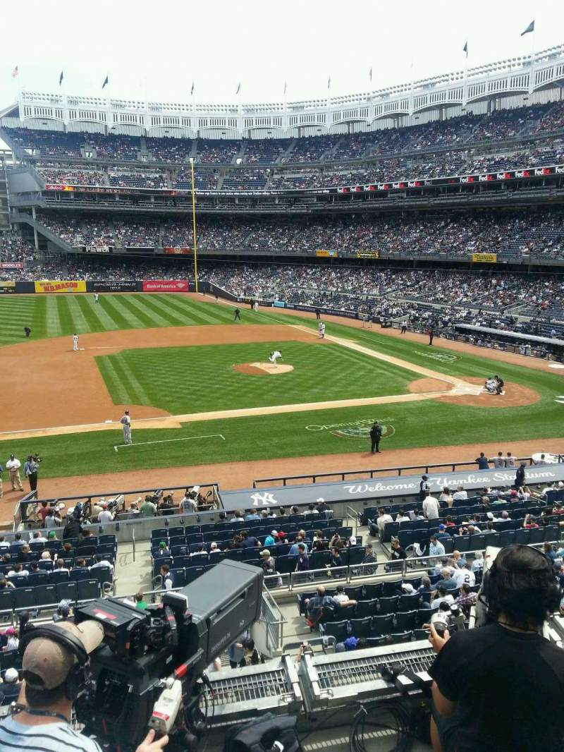 Seating view for Yankee Stadium Section 225 Row 4 Seat 13