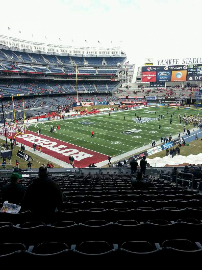 Seating view for Yankee Stadium Section 215 Row 9 Seat 8
