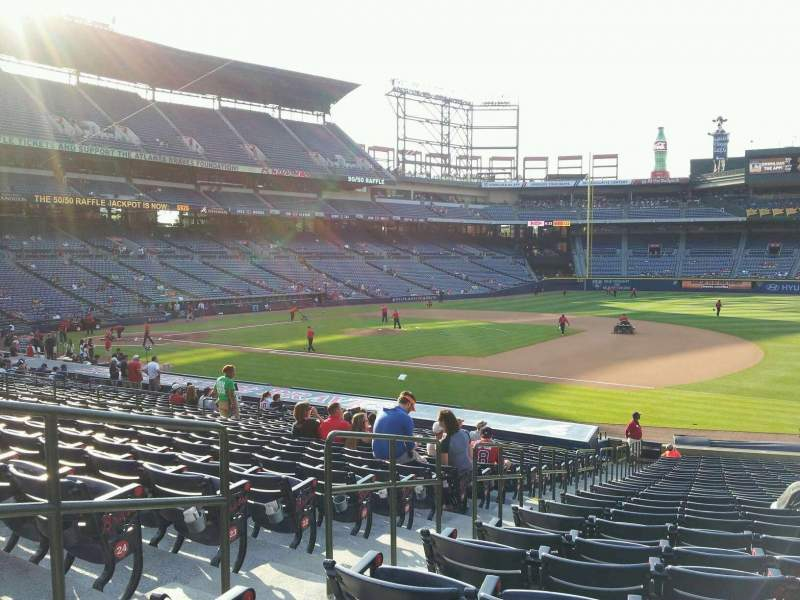 Seating view for Turner Field Section 117 Row 27 Seat 3