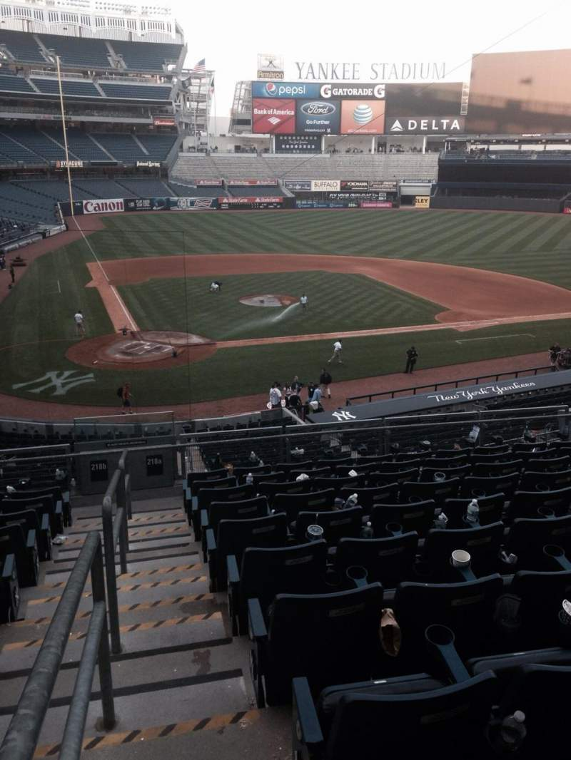 Seating view for Yankee Stadium Section 218a Row 9