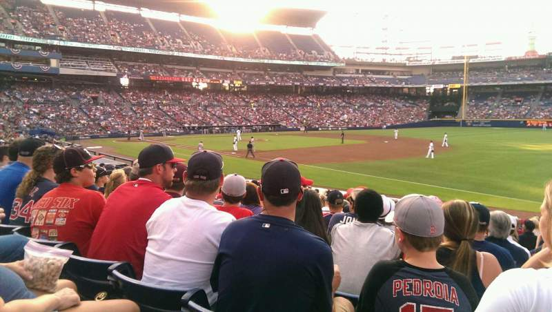 Seating view for Turner Field Section 121L Row 20 Seat 106