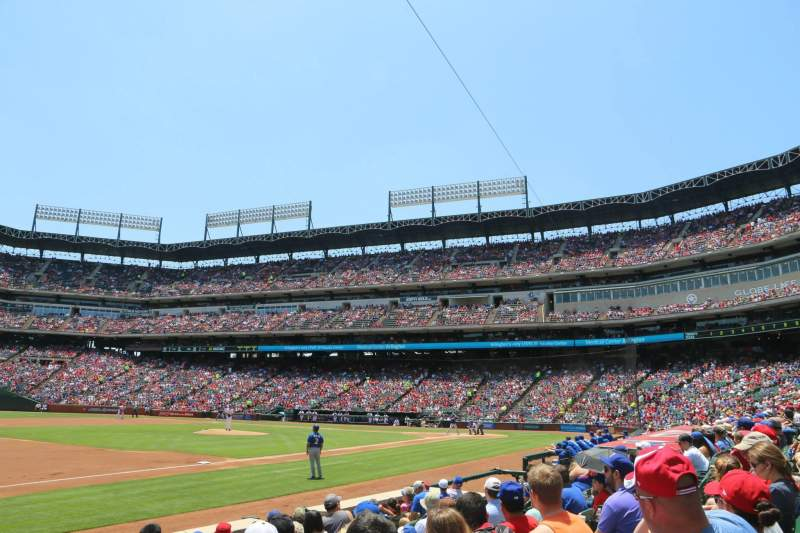 Seating view for Globe Life Park in Arlington Section 16 Row 6 Seat 17