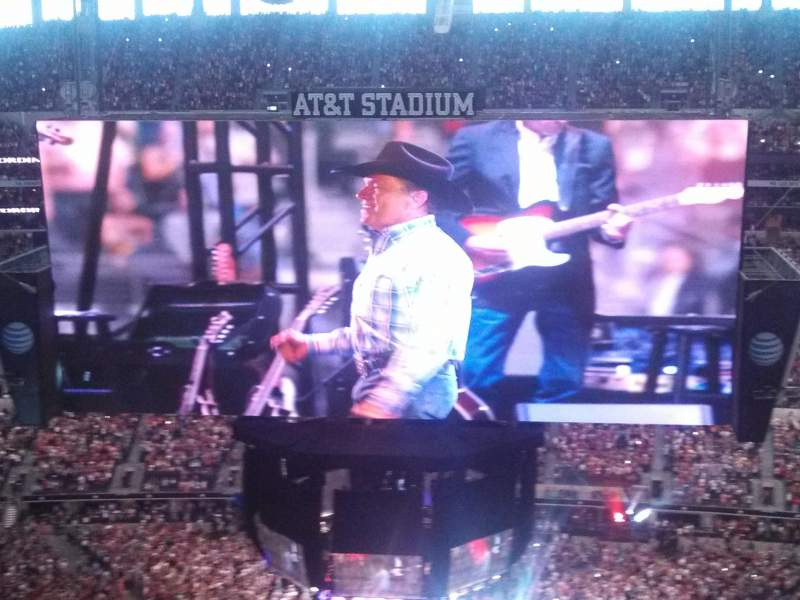 AT&T Stadium, section: 442, row: 19, seat: 4