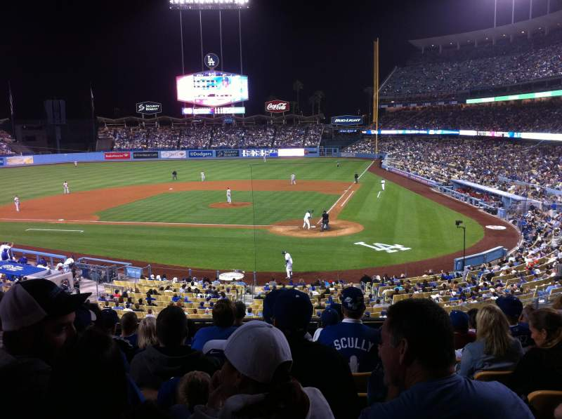 Seating view for Dodger Stadium Section 115LG Row H Seat 2