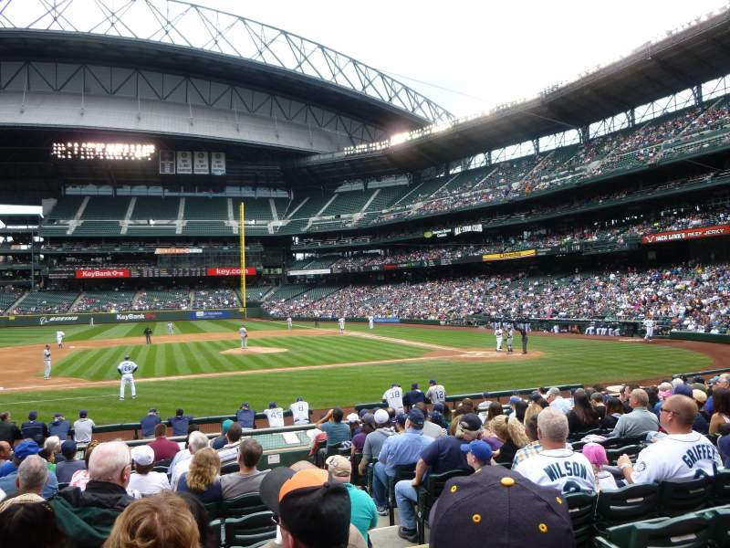 Seating view for Safeco Field Section 138 Row 17 Seat 2