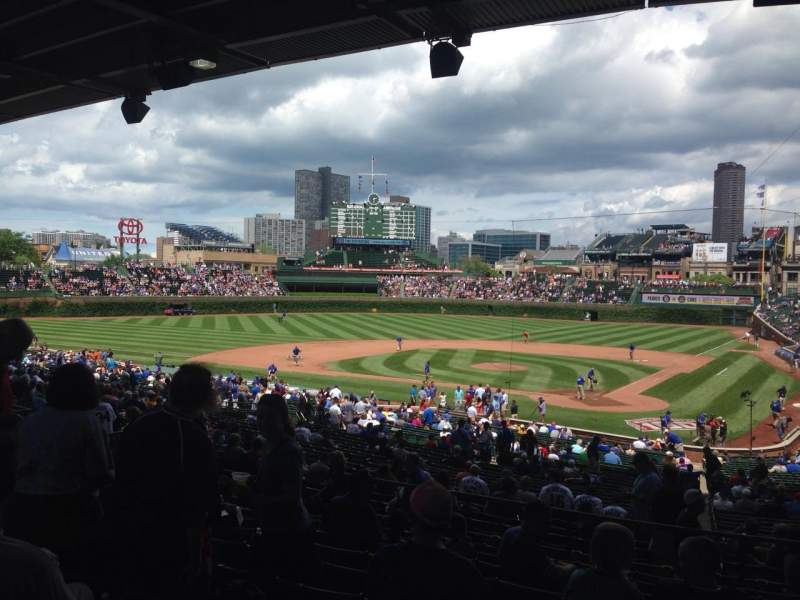 Seating view for Wrigley Field Section 218 Row 10 Seat 11
