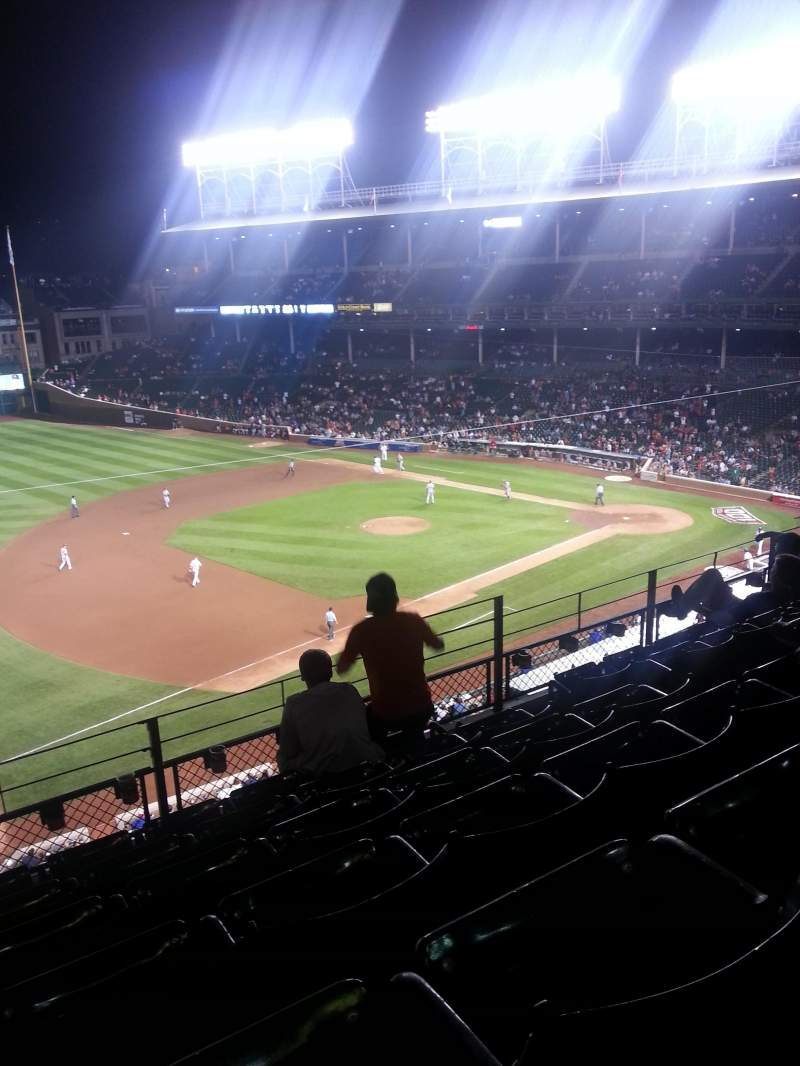 Seating view for Wrigley Field Section 409 Row 6 Seat 107