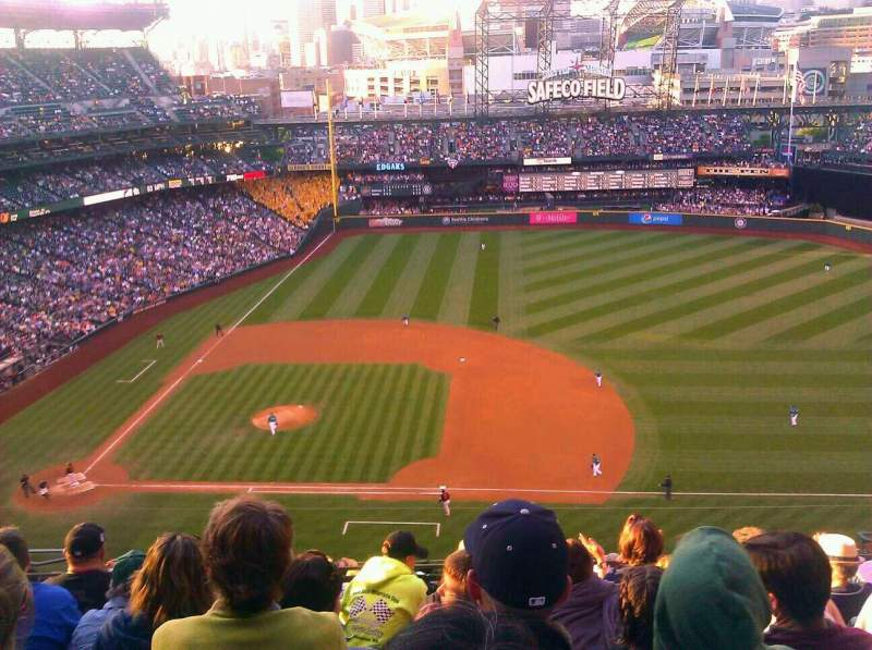 Seating view for Safeco Field Section 321 Row 14 Seat 13