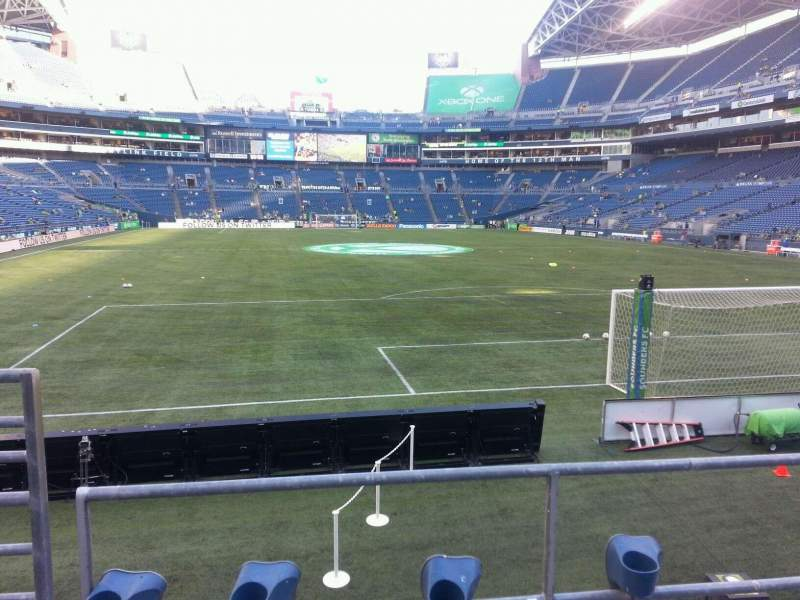 Seating view for CenturyLink Field Section 149 Row b Seat 14