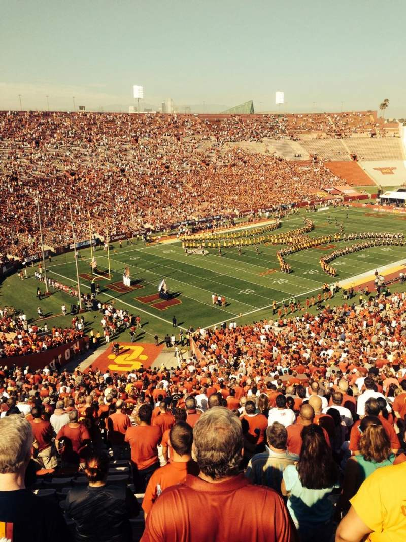Seating view for Los Angeles Memorial Coliseum Section 11L Row 75 Seat 14