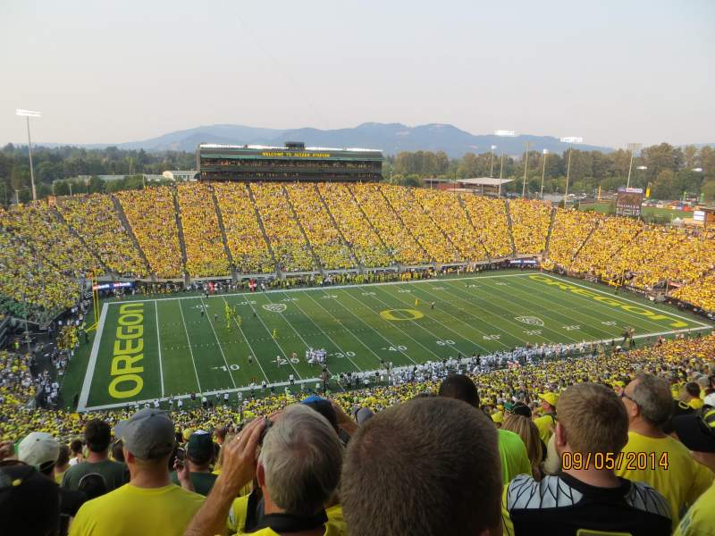 Seating view for Autzen Stadium Section 35 Row 82 Seat 12
