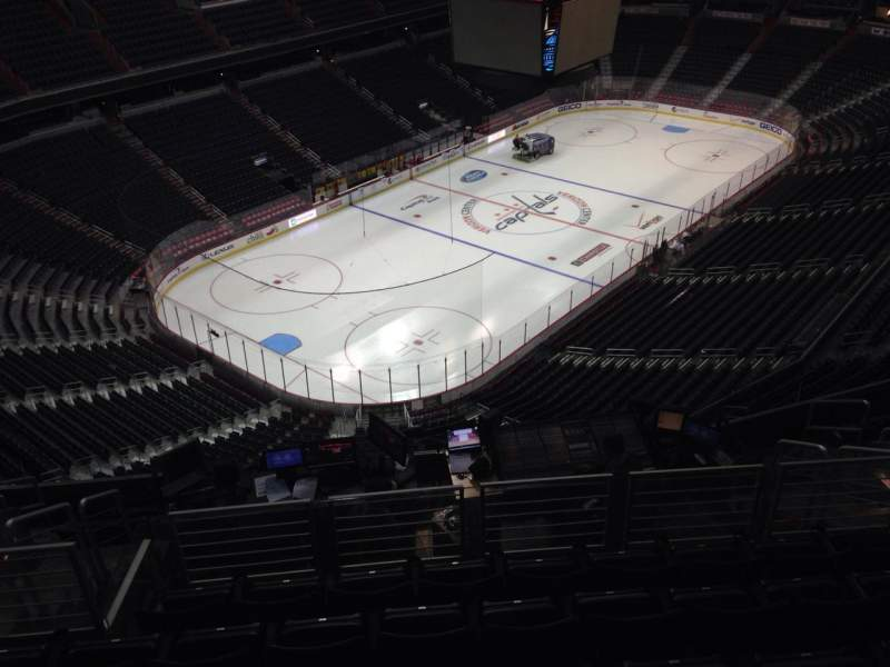 Seating view for Capital One Arena Section 412 Row L Seat 10