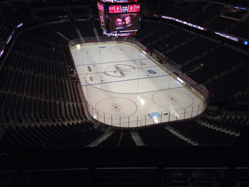 Seating view for Verizon Center Section 424 Row J Seat 9