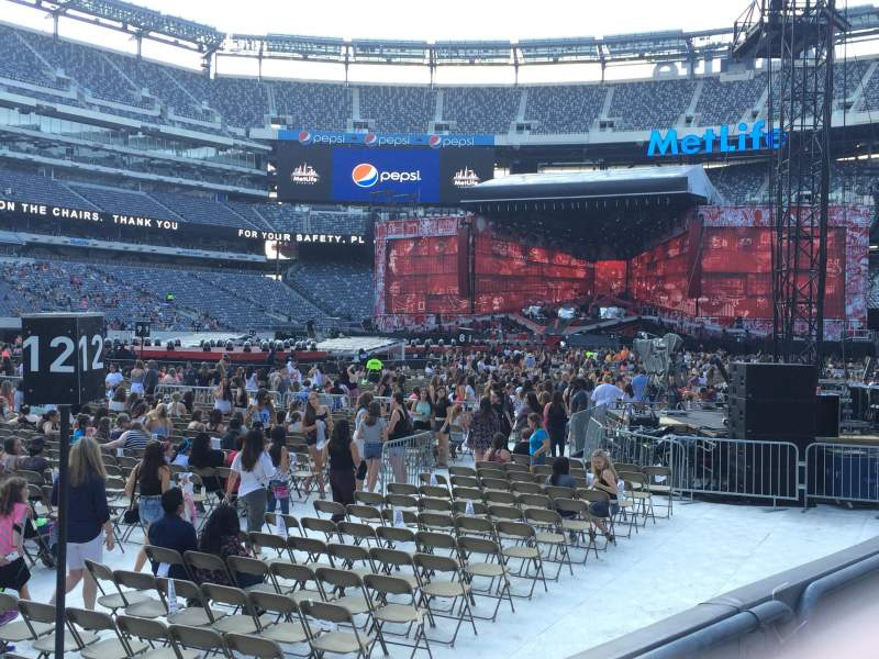 Seating view for MetLife Stadium Section 118 Row 2 Seat 12