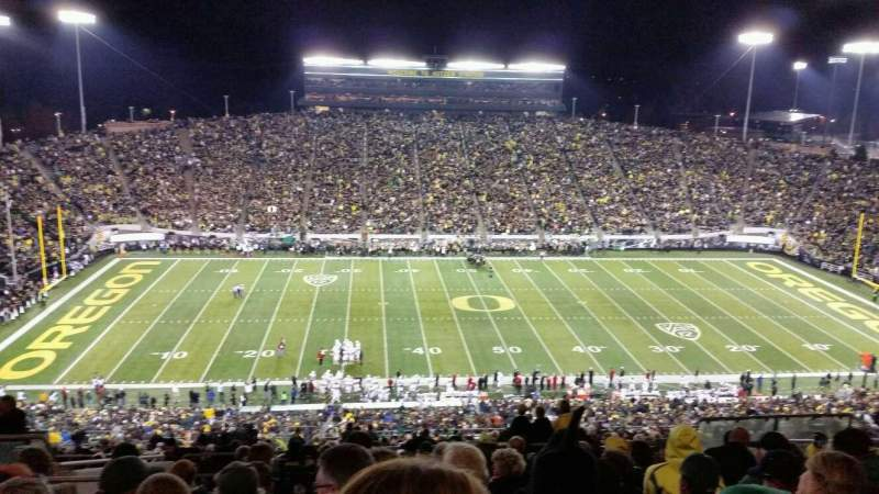 Seating view for Autzen Stadium Section 32 Row 70 Seat 10