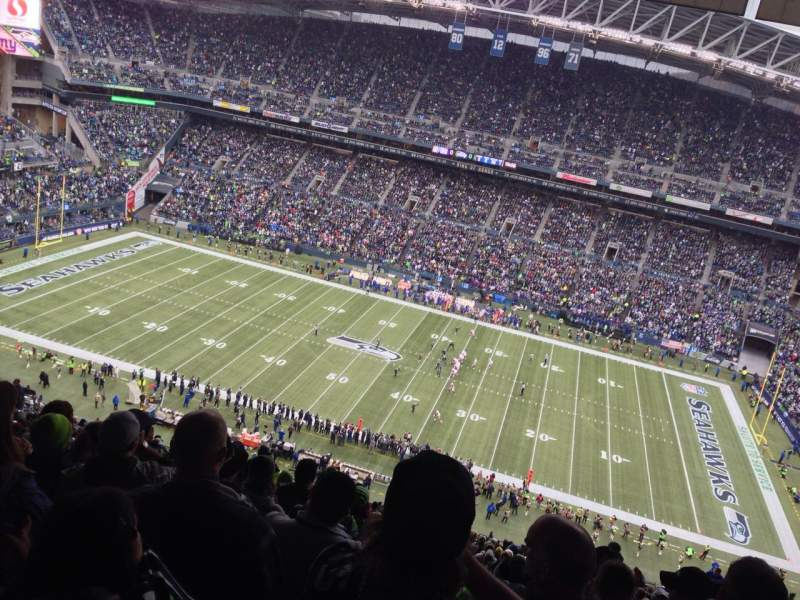 Seating view for Centurylink field Section 333 Row EE Seat 17