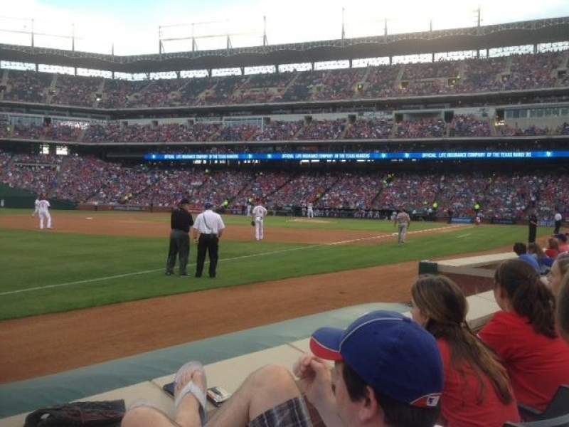Seating view for Globe Life Park in Arlington Section 15 Row 2 Seat 1