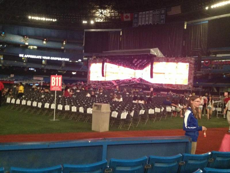 Seating view for Rogers centre Section 114 Row 4 Seat 106