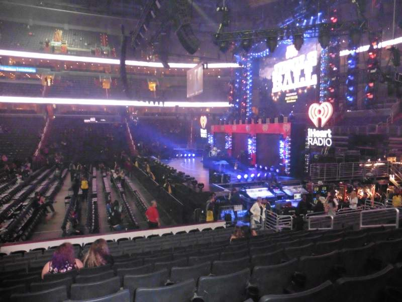 Seating view for Capital One Arena Section 112 Row N Seat 12