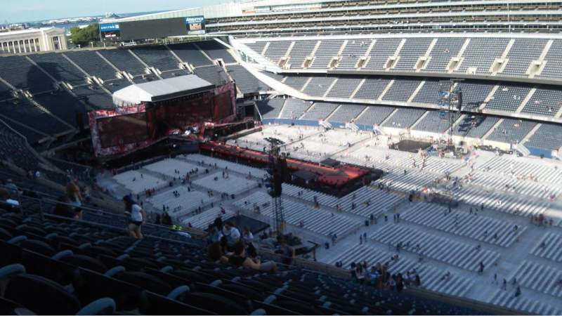 Seating view for Soldier Field Section 432 Row 34 Seat 22