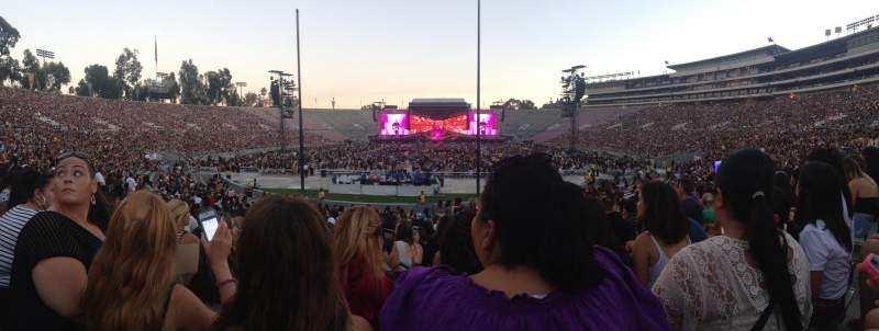Seating view for Rose bowl Section 12-L Row 16 Seat 4