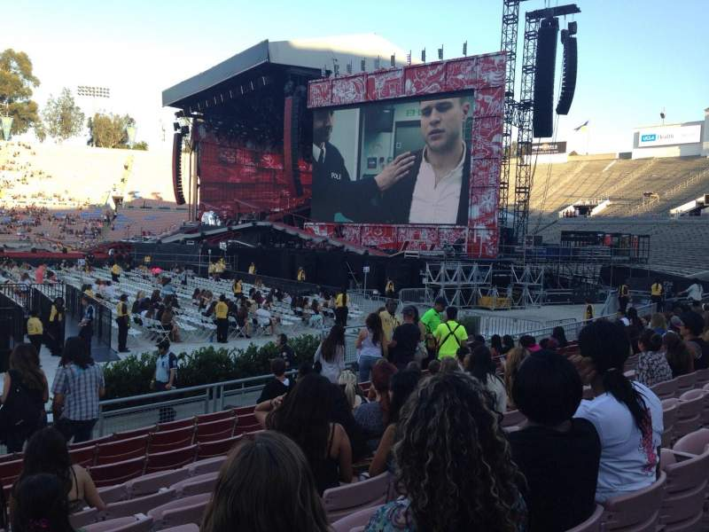 Seating view for Rose Bowl Section 19-H Row 9 Seat 114