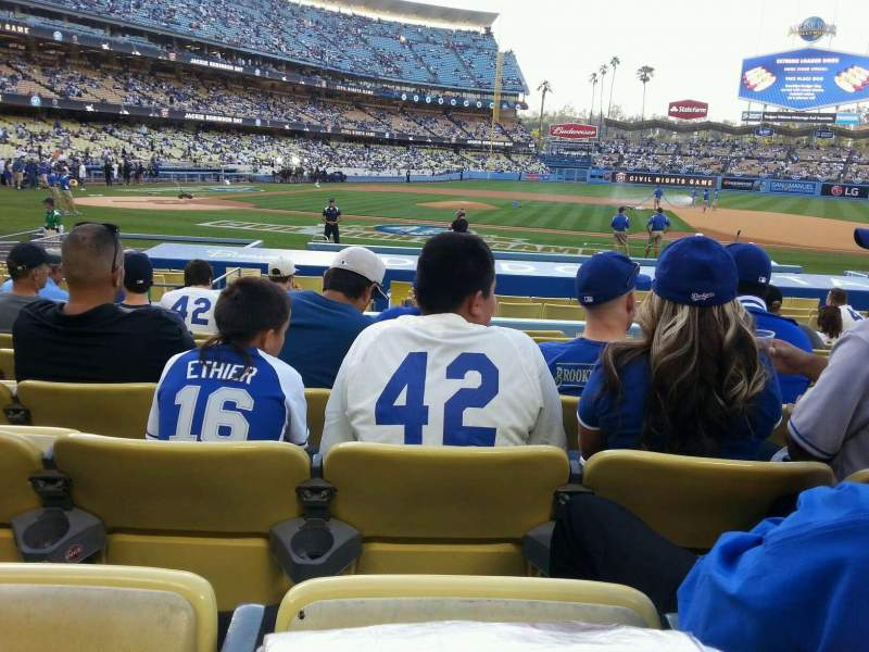 Seating view for Dodger Stadium Section 18fd Row J Seat 6