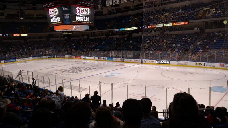 Seating view for Mohegan Sun Arena at Casey Plaza Section 102 Row Q Seat 2