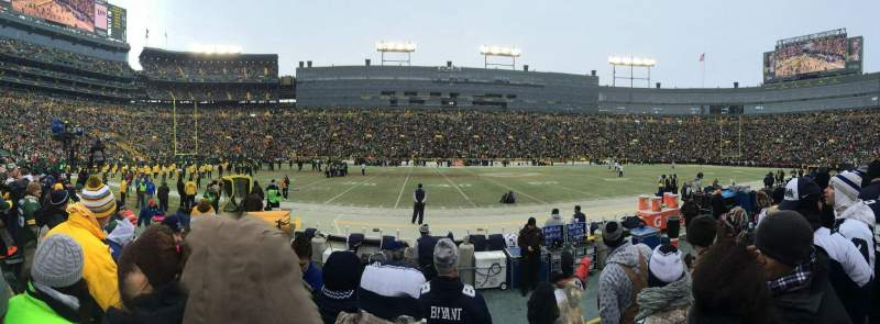 Seating view for Lambeau Field Section 121 Row 4 Seat 15