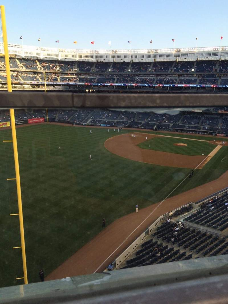 Seating view for Yankee Stadium Section 332a Row 1 Seat 9