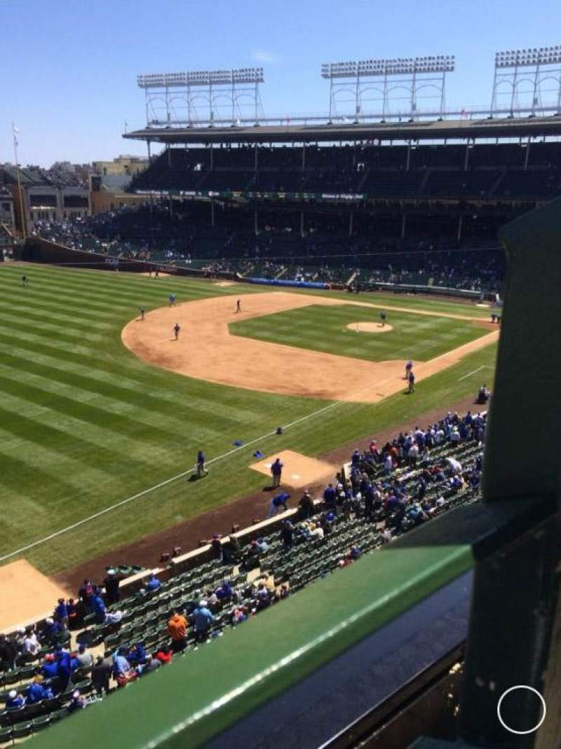 Seating view for Wrigley Field Section 406 Row 1 Seat 105