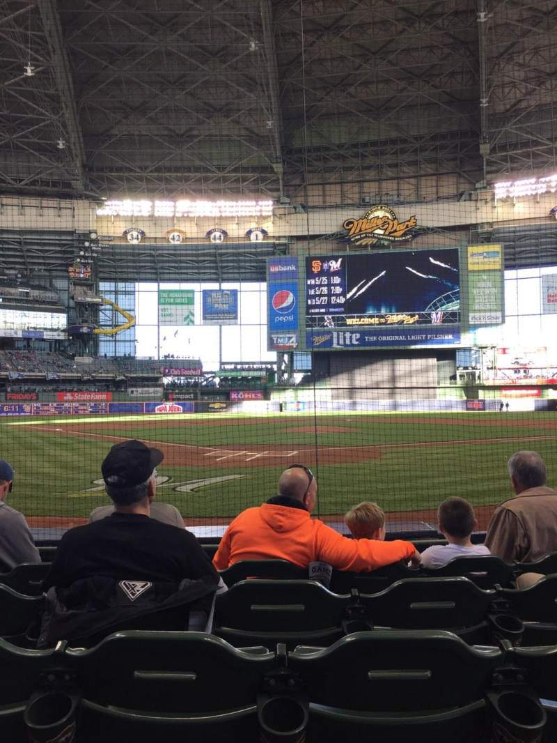 Seating view for Miller Park Section 117 Row 6 Seat 11