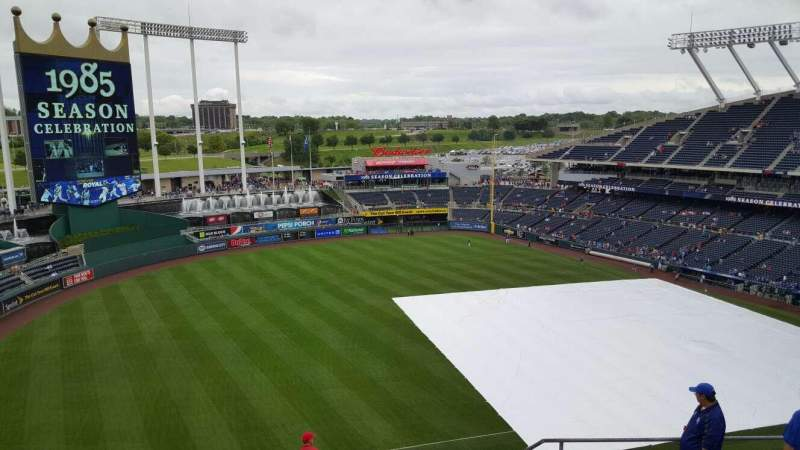 Seating view for Kauffman Stadium Section 405 Row cc Seat 21