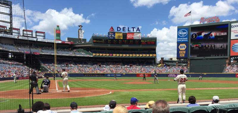 Seating view for Turner Field Section 105R Row 4 Seat 2