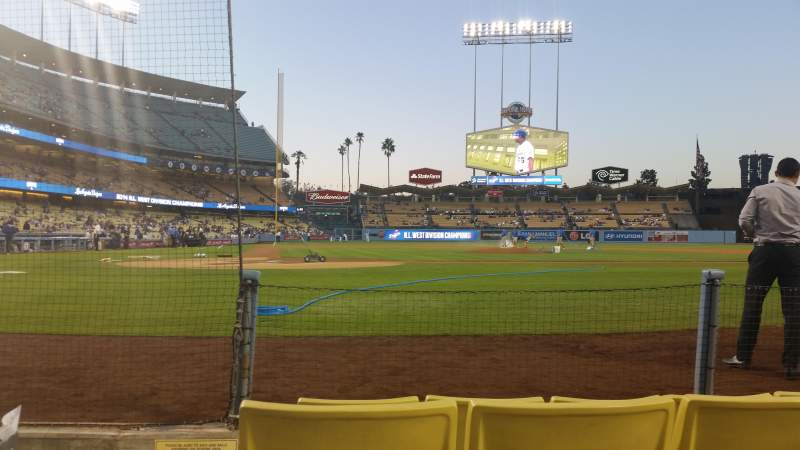 Seating view for Dodger Stadium Section 4dg Row 4