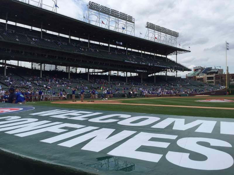 Seating view for Wrigley Field Section 30 Row 1 Seat 101
