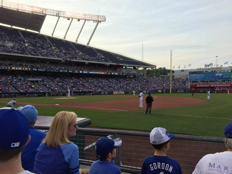 Seating view for Kauffman Stadium Section 139 Row C Seat 11
