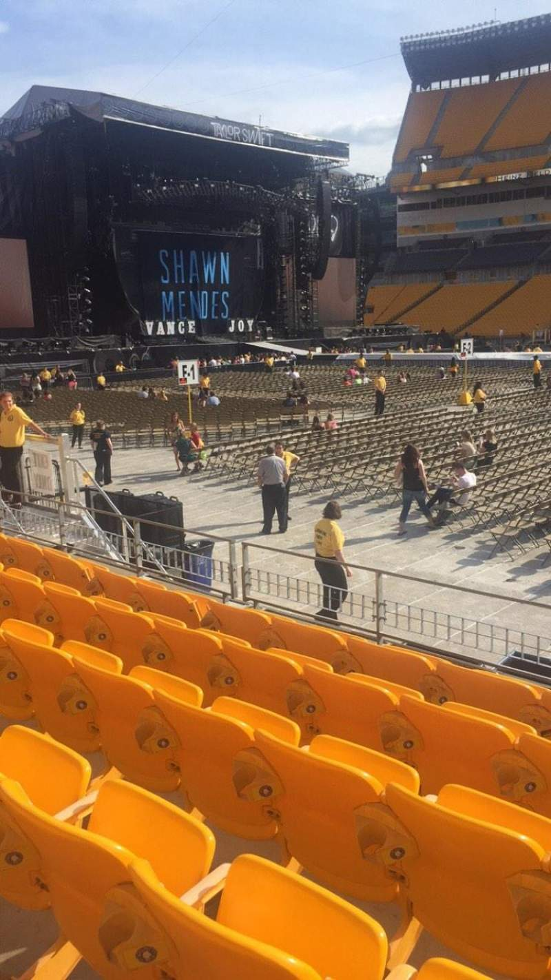 Seating view for Heinz Field Section 111 Row g Seat 2