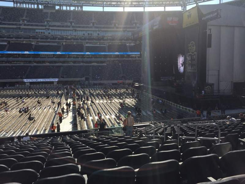 Seating view for MetLife Stadium Section 112 Row 21 Seat 6