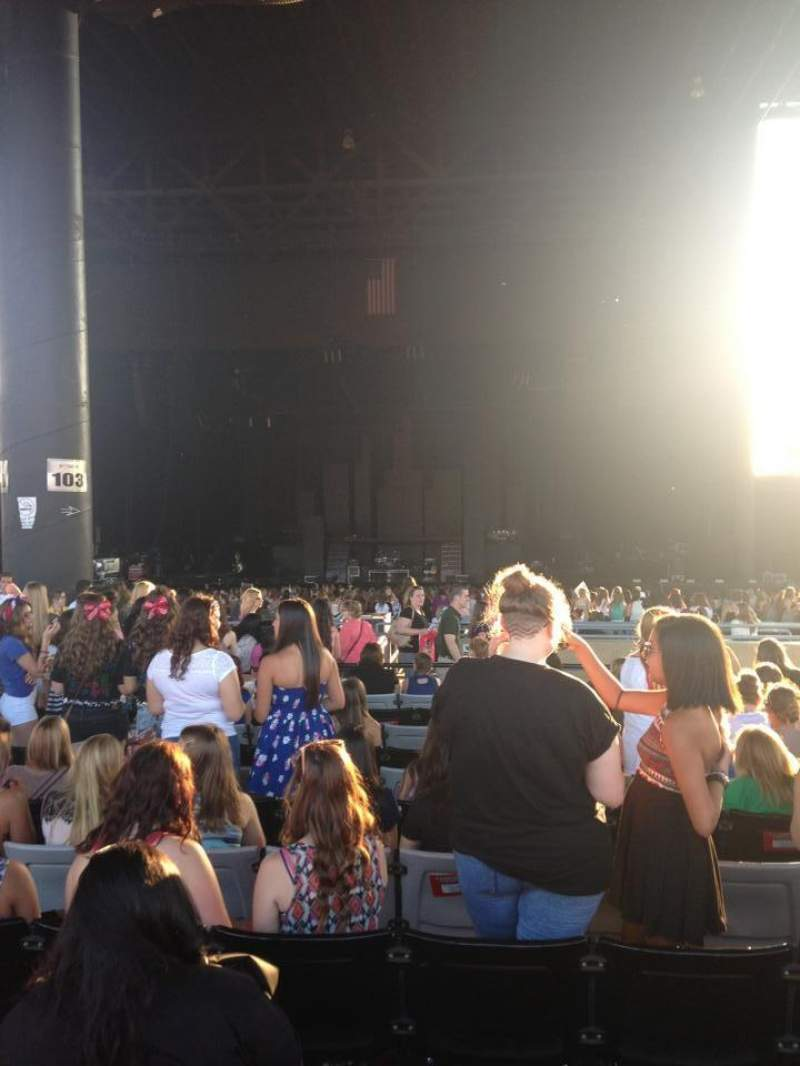 Seating view for Hollywood Casino Amphitheatre (Tinley Park) Section 204 Row WW Seat 37