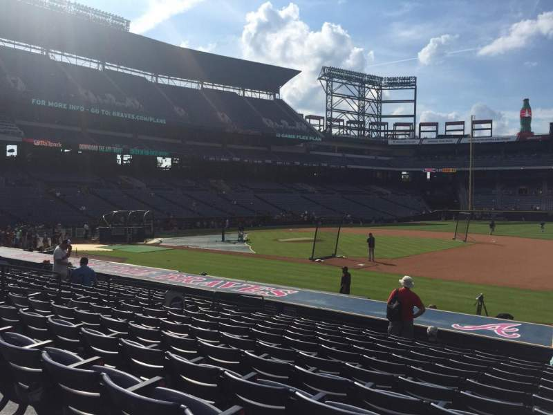 Seating view for Turner Field Section 117L Row 17 Seat 101