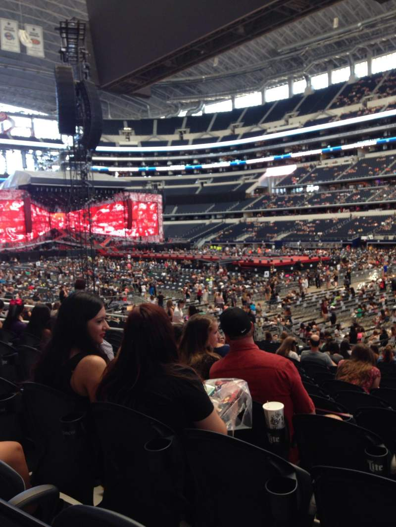 At Amp T Stadium Section 128 Row 16 Seat 6 One Direction
