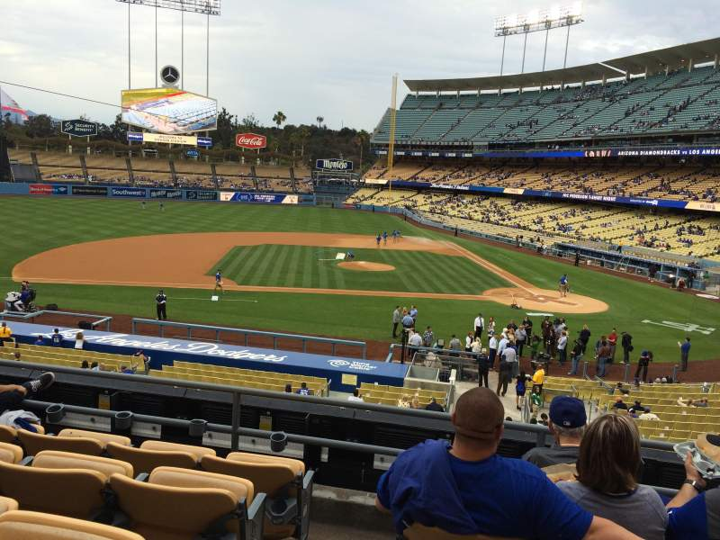 Seating view for Dodger Stadium Section 127LG Row E Seat 8