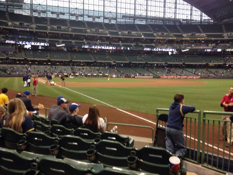 Seating view for Miller Park Section 109 Row 6 Seat 27