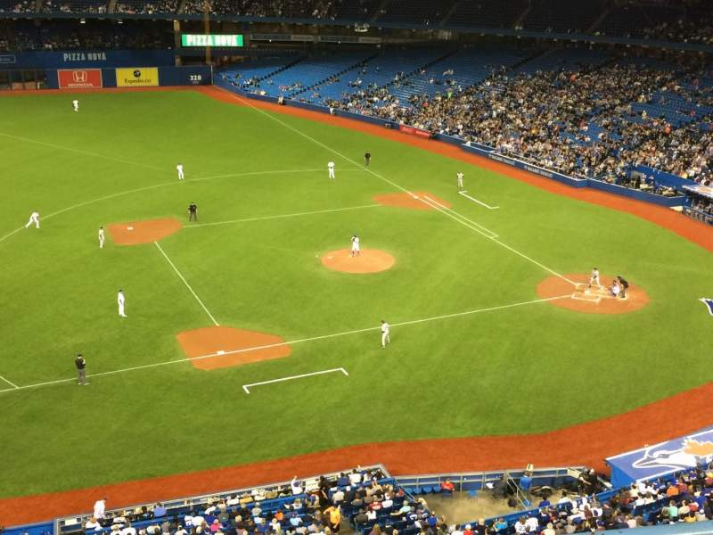 Rogers Centre, section: 531L, row: 2, seat: 101